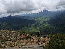 至仏山東面道